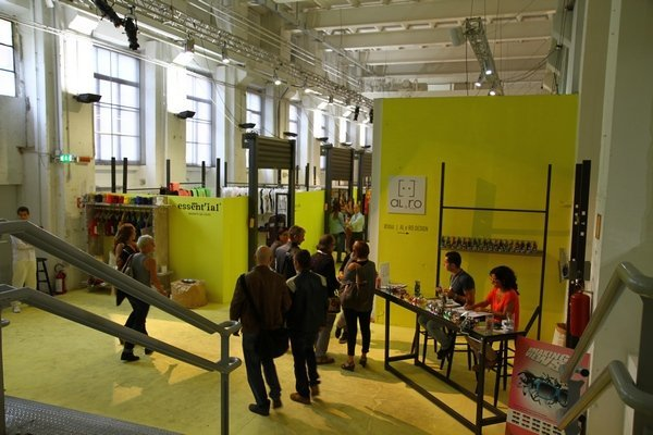 Выставка дизайнеров White в Милане