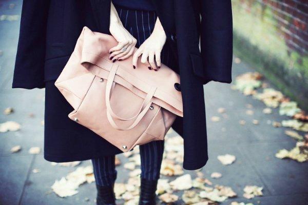 Сумка и пальто Maison Martin Margiela for H&M