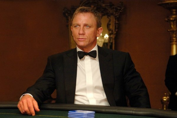 Дениел Крейг — Casino Royale (Казино Рояль), 2006