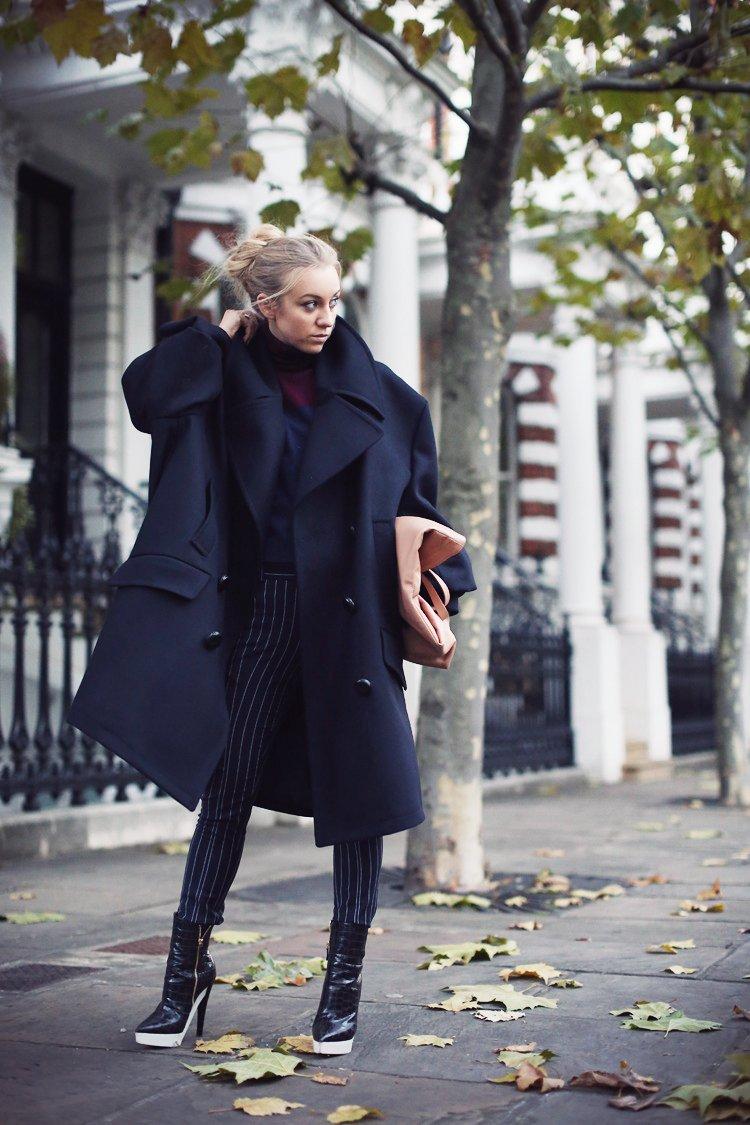 Пальто, сумка Maison Martin Margiela for H&M