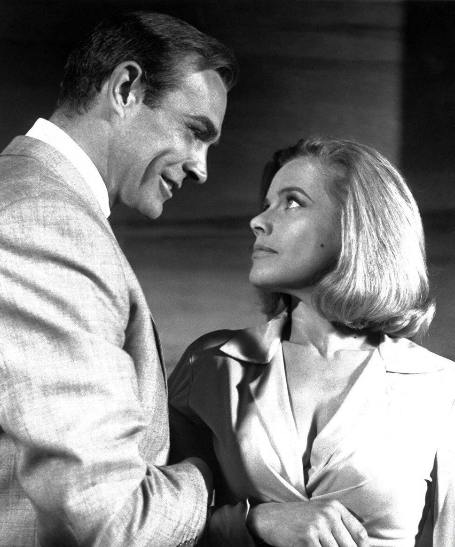 Goldfinger (Голдфингер), 1964 — Онор Блекман