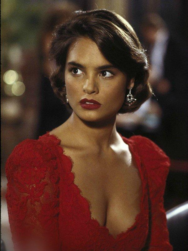 Licence to Kill (Лицензия на убийство), 1989 – Талиса Сото