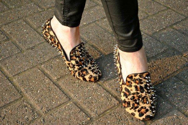 Слипперы с леопардовым принтом