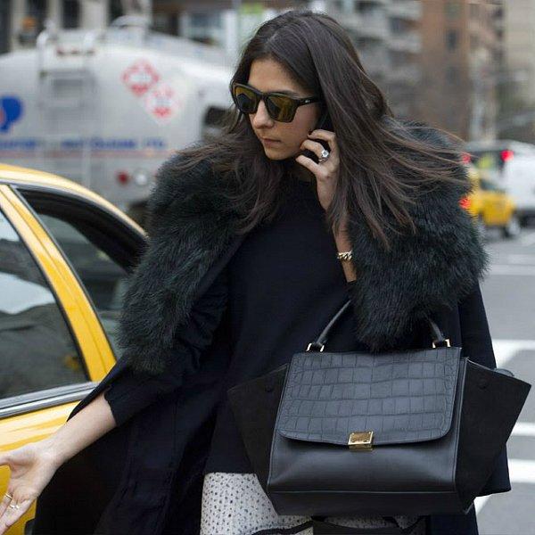 b8da6fda0842 Celebrity интернет магазин сумок известных брендов в Москве где вы можете купить  сумку класса люкс по