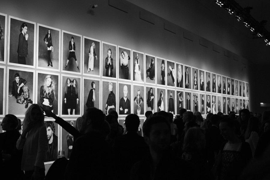 Выставка Little Black Jacket (La Petite Veste Noire)