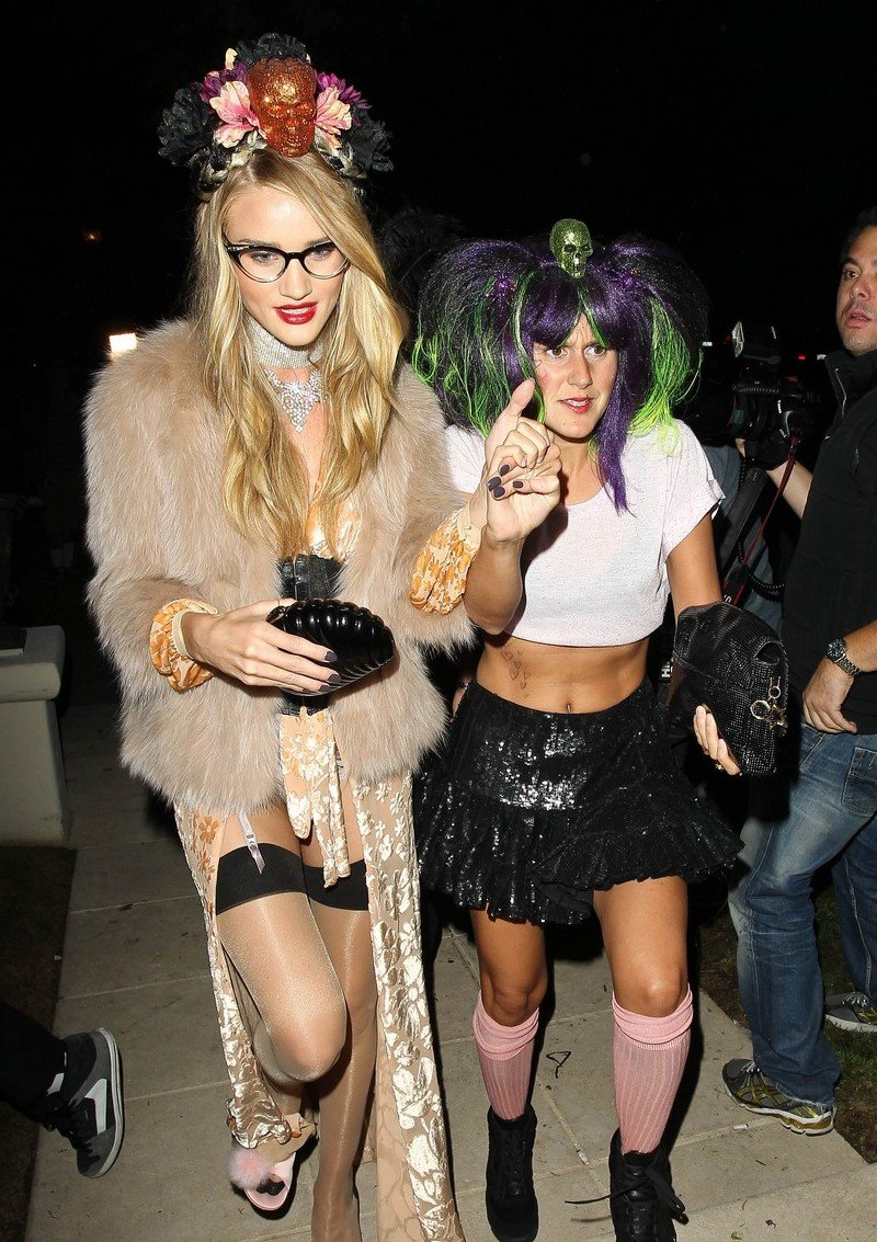 Звездные костюмы на Halloween: Ким Кардашьян, Дита фон Тиз ... - photo#22