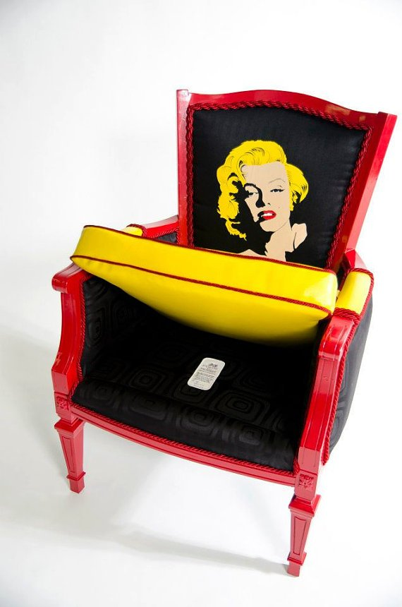 """Для любителей ретро и киноманов – уютные кресла """"Boom Boom Chairs"""" от дизайнера Кристин Делвеккио (Christine Delvecchio)."""