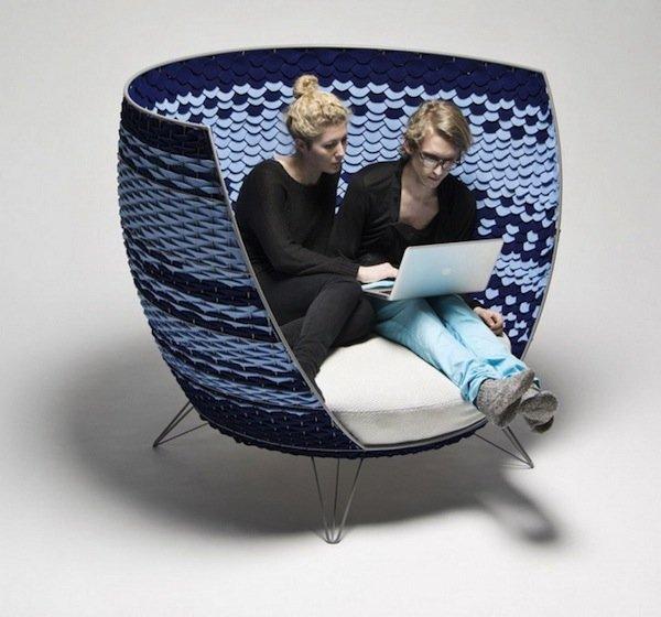 """""""Большое кресло-корзина"""" от шведского дизайнера Ола Гиллгрен (Ola Gillgren) создано из металической основы и перетянуто фетром. Отдыхать в нем будет особо приятно и уютно."""