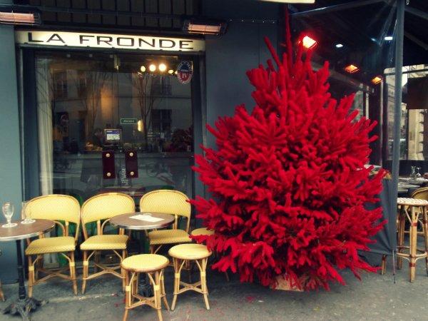 Кафе на Rue de Archives