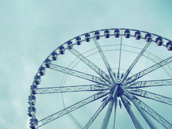 Карусель на площади Concorde