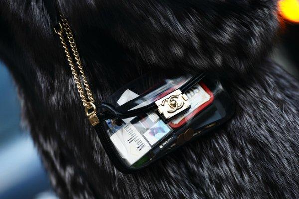 Прозрачная сумка из пластика Chanel