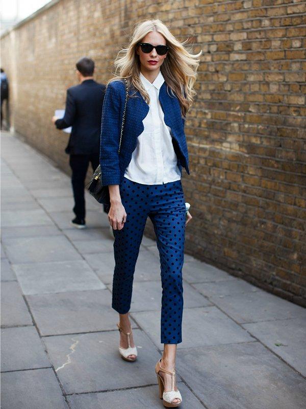 Укороченные брюки капри