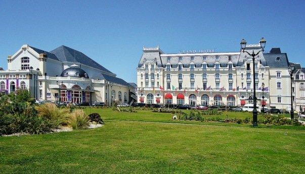 """Grand Hotel во французском Кабуре - """"Коко до Шанель"""""""