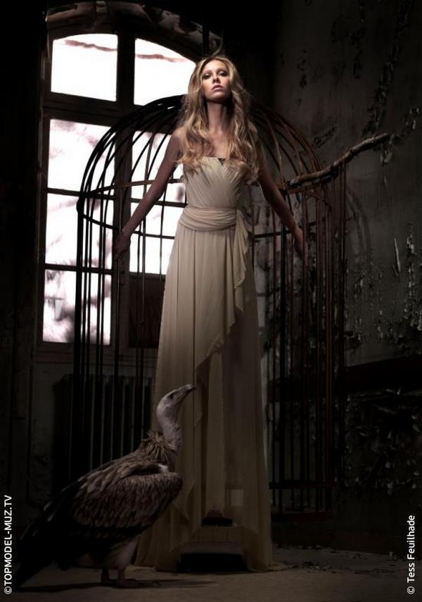 Платья Anna Bublik в съемке французского фотографа Tess Feuilhade