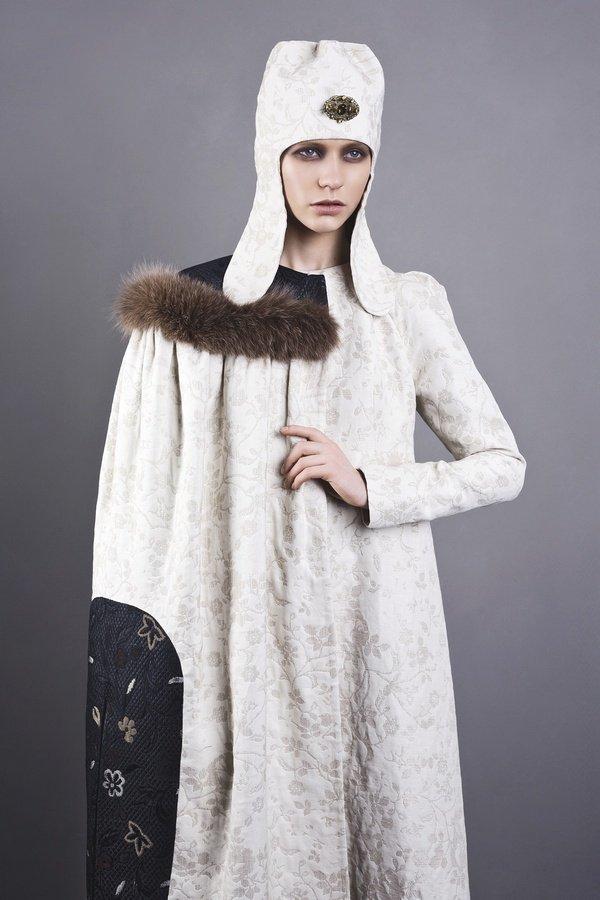 Коллекция SAYYA осень-зима 2013-2014: женственность и сила в славянских мотивах