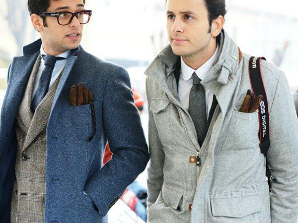 Перчатки в нагрудном кармане (4)