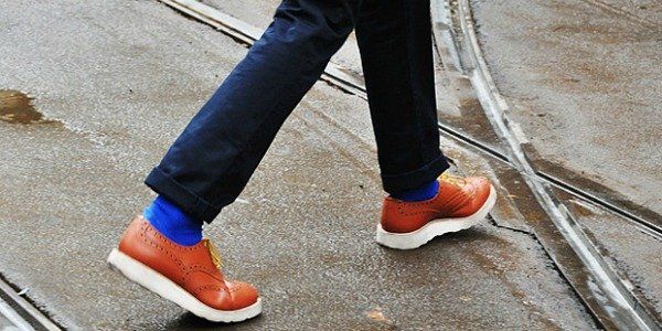 Туфли и ботинки на контрастной подошве