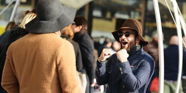 5 стильных мужских луков для casual friday