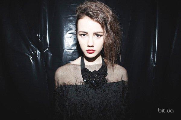 Backstage Anna Bublik осень-зима 2013-2014 (22)