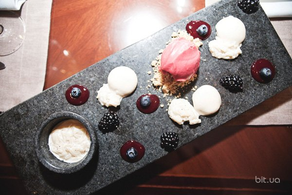 Новое меню: выбор редакции - 10 весенних блюд в Fairmont Grand Hotel