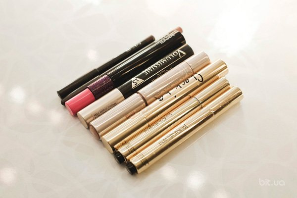 Touche Eclat, Yves Saint Laurent; Ideal Light, Estée Lauder; Volumissime, L`Oreal; Haute & Naughty Lash, M.A.C; False Lash Effect, Yves Saint Laurent; Pro Longwear Lip Pencil, M.A.C