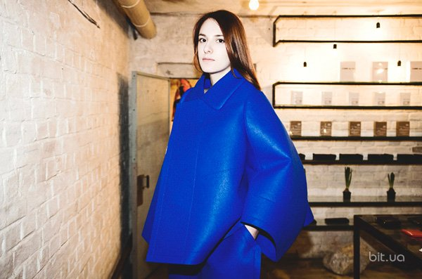 Лида Коваль в костюме Comme des Garcons