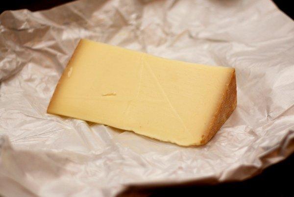 5 сыров, которые обязательно стоит попробовать, часть 4 - прессованные вареные