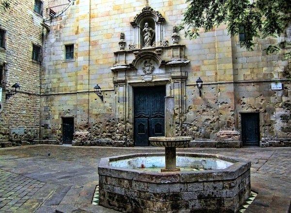 sant_felip_neri_barcelona_apu11