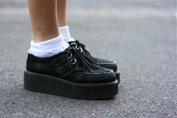 Белые носки в тренде