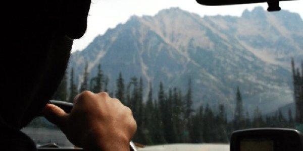 10 здоровых перекусов, которые можно взять в дорогу в автомобиль