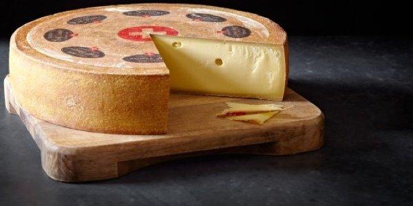5 сыров, которые обязательно стоит попробовать: швейцарские сыры