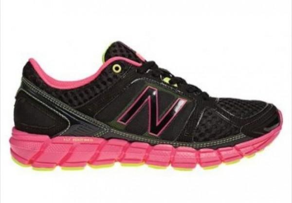 Компания New Balance была основана в 1906 году в Бостоне, США. Изначально  компания специализировалась на изготовлении ортопедической обуви и  супинаторов, ... 627745f4cbf