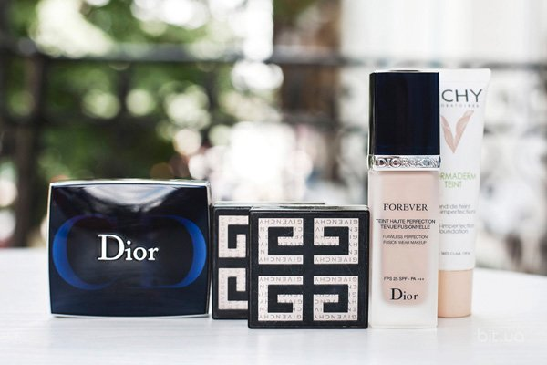 NormaTeint, Vichy; Diorskin Forever, Dior; Le Prisme Visage Mat Soft Compact Face Powder, Givenchy; Diorblush, Dior