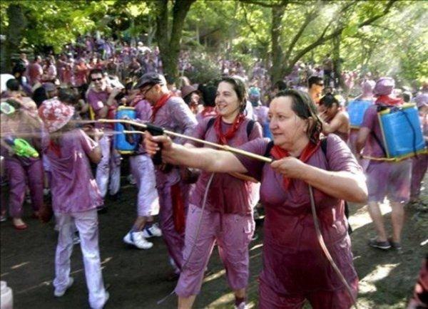 Повод для путешествий: винная битва Batalla del Vino в Риохе, 29 июня