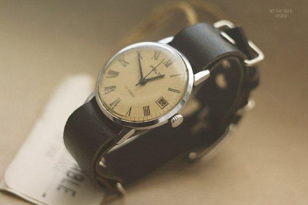 Часы обычно считались фамильной ценностью – все может быть, что и ваши  предки сохранили свои первые либо именные часы с молодых лет. ba0134cd1e5