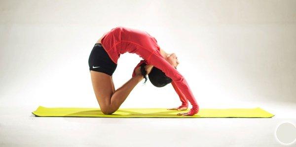 Мнения: 5 йога инструкторов о том, как занятия влияют на пищеварение