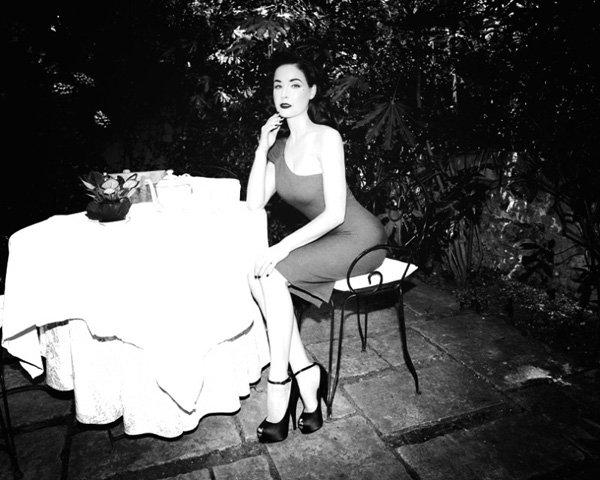 """Правила питания и красоты Диты фон Тиз: """"Ради фигуры не держу дома много еды"""""""