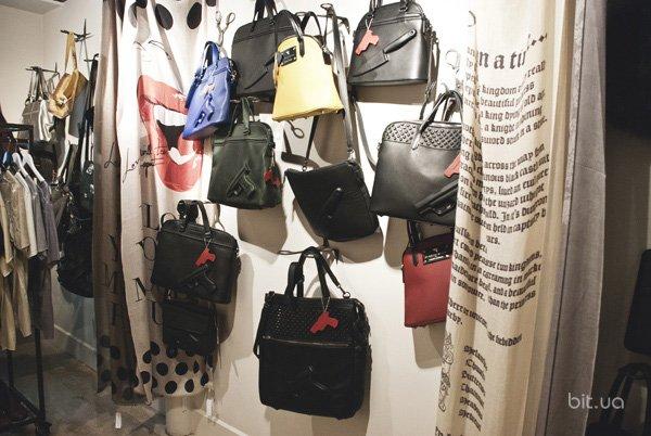Shopping-точка: магазин Basement