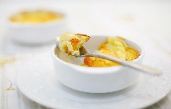 Десерт в микроволновке: клафути из ежевики