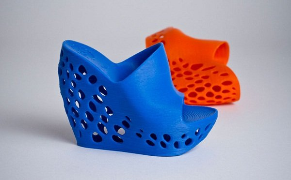 Cubify-3D-Printed-Shoes-by-Janne-Kyttanen-6