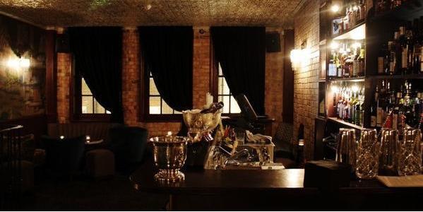 Hemingway S Bar And Kitchen Leeds