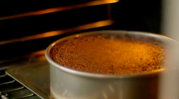 Полезный десерт: супершоколадный пирог с оливковым маслом