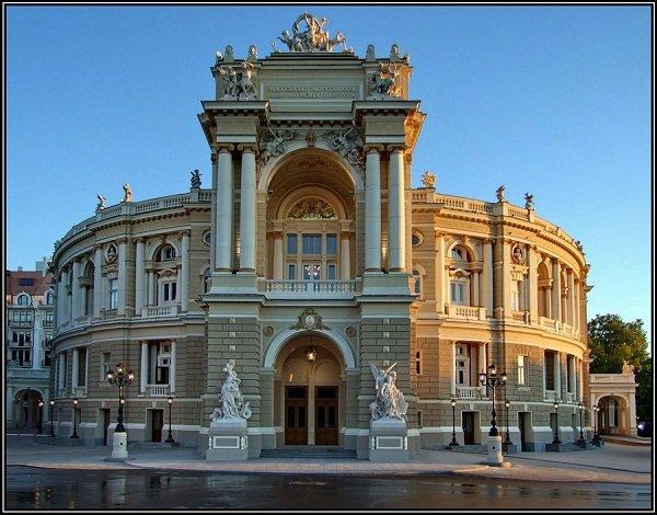 opera_theatre_vid