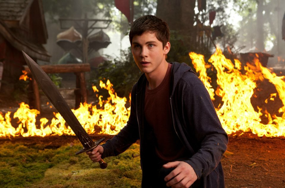 percy-jackson-sea-of-monsters-logan-lerman1