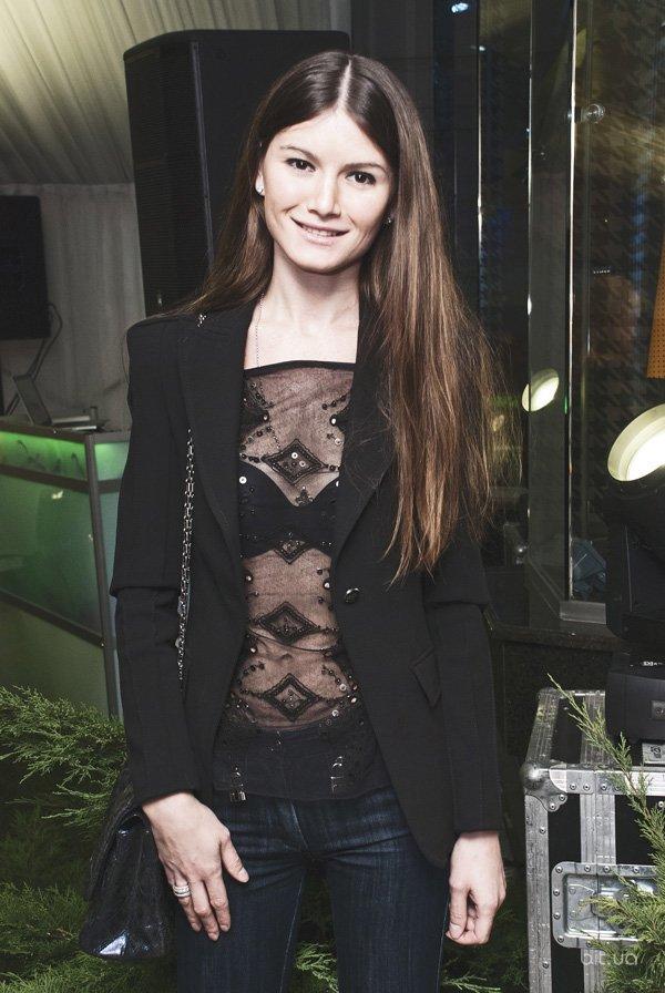 Коктейль в честь начала нового модного сезона в Villa Gross