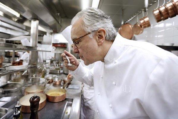 Интервью: Ален Дюкасс - главный шеф и ресторатор о гиде Мишлен, Южной Америке и новых вкусах