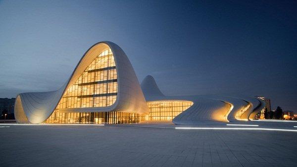 dezeen_Heydar-Aliyev-Centre-Zaha-Hadid-Architects (1)