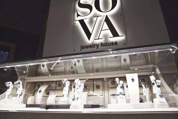 "Shopping-точка: бутик Ювелирного Дома ""SOVA"""