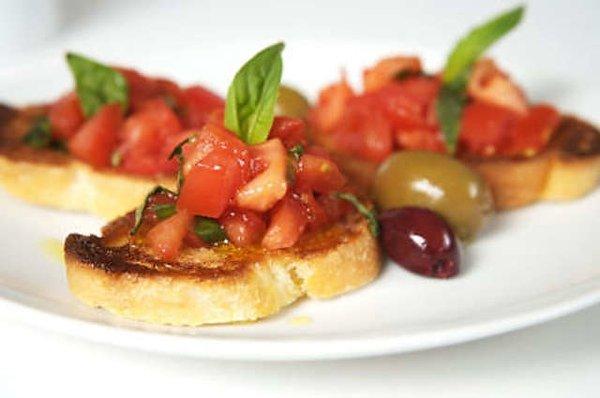 Ресторанный дайджест за неделю: алкогольные меню, новые блюда, новые шефы и премии