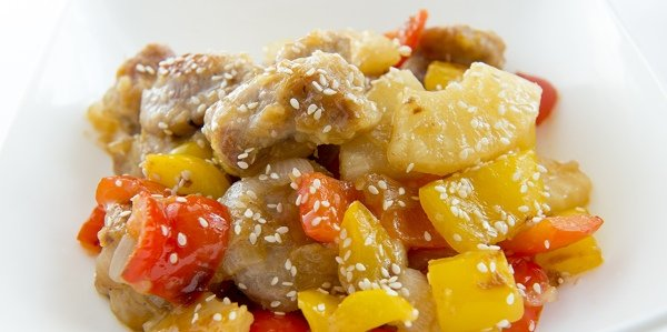 Свинина по-китайски в остро-сладком соусе